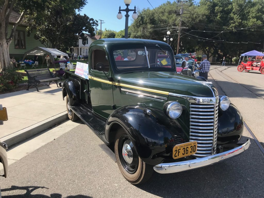 1940 Chevy flatbed truck